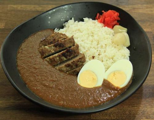 topped with Beef hamburg steak & Boiled egg